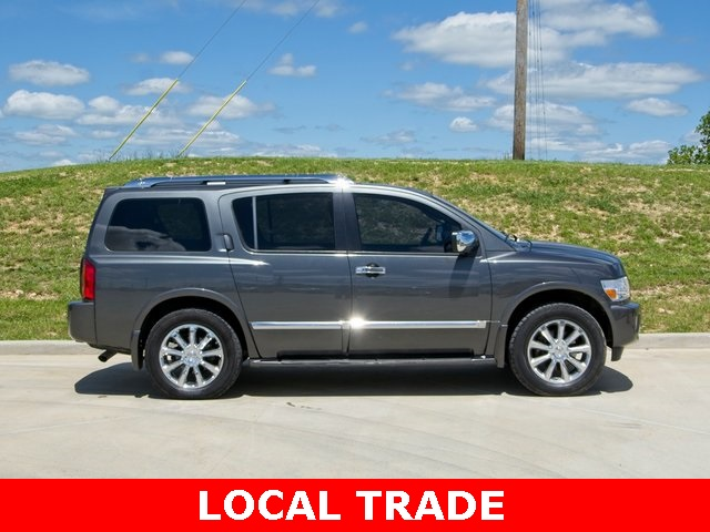 Pre-Owned 2010 INFINITI QX56 Base