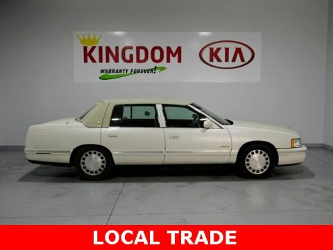 Pre-Owned 1999 Cadillac DeVille Base