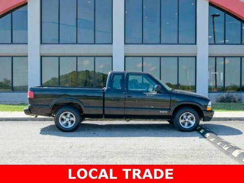 Pre-Owned 2001 Chevrolet S-10 LS